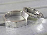 8角形のリング