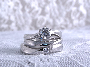 婚約指輪も