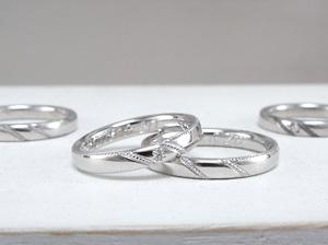 甲丸にミルを入れた結婚指輪