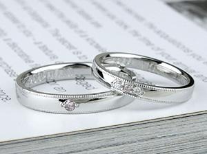 事なる幅の結婚指輪