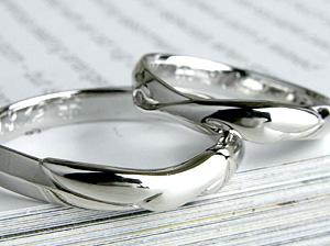 可愛いボリュームの指輪