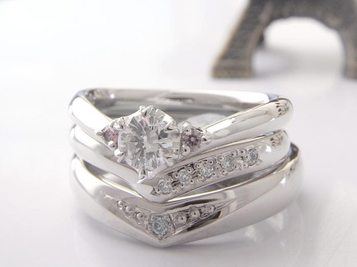 3本セットでオーダーメイド頂きました指輪の紹介です 女性用には結婚指輪と婚約指輪を男性用にはブルーダイヤモンドを丁寧に彫留しています