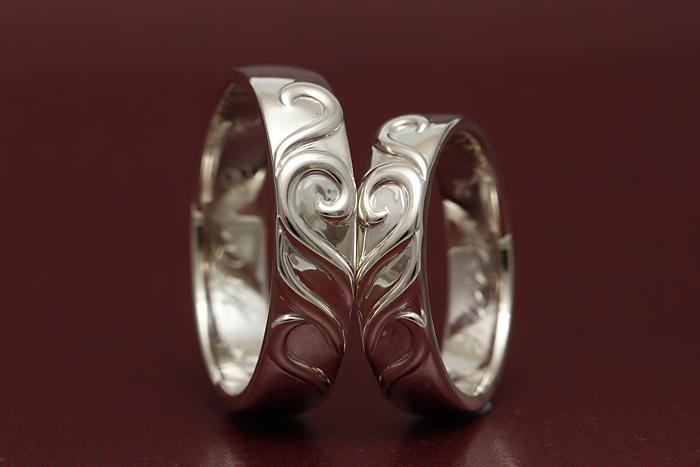 ハートが浮き上がって可愛い指輪