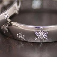 雪の結晶を和彫り